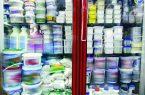 کاهش قیمت لبنیات تنها در فروشگاه های زنجیره ای/ مغازه داران حاضر به خرید محصولات لبنی ارزان نیستند!