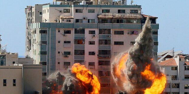 قطر: بمباران مقر الجزیره در غزه بیانگر ترس اسرائیل از انتقال حقیقت است